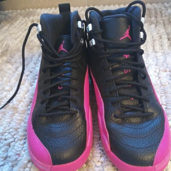 Air Jordan 23 Nike size 6 Women's Retro Pink Black